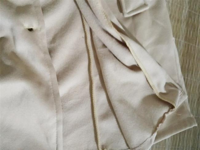 Hí hửng đặt online áo dạ cổ lông sang chảnh diện Tết, bà mẹ trẻ nhận hàng thật mỏng tanh như bánh cuốn - Ảnh 5.