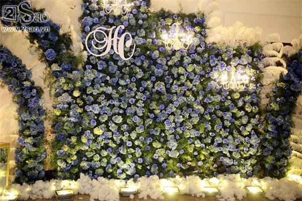 Không gian tiệc cưới hoành tráng của Lâm Khánh Chi-1