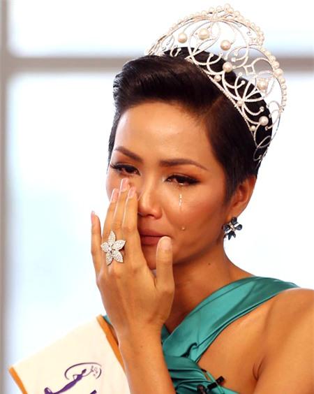 HHen Niê: Tôi yêu làn da của mình nên sẽ không tắm trắng, kể cả đăng quang-3