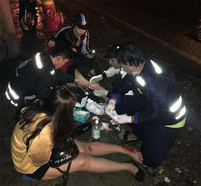 Bị tố sàm sỡ phụ nữ, đội SOS vá xe miễn phí ở Sài Gòn nói xin đừng đặt điều không đúng - Ảnh 2.