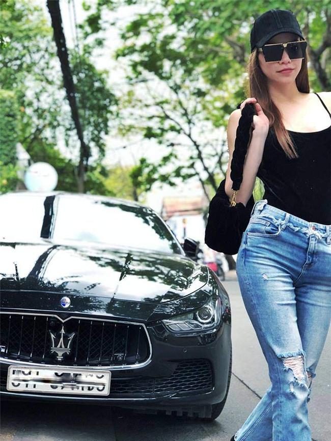 dang cap ho ngoc ha: chi dien ao hai day va jeans van khien bao nguoi me met! - 2