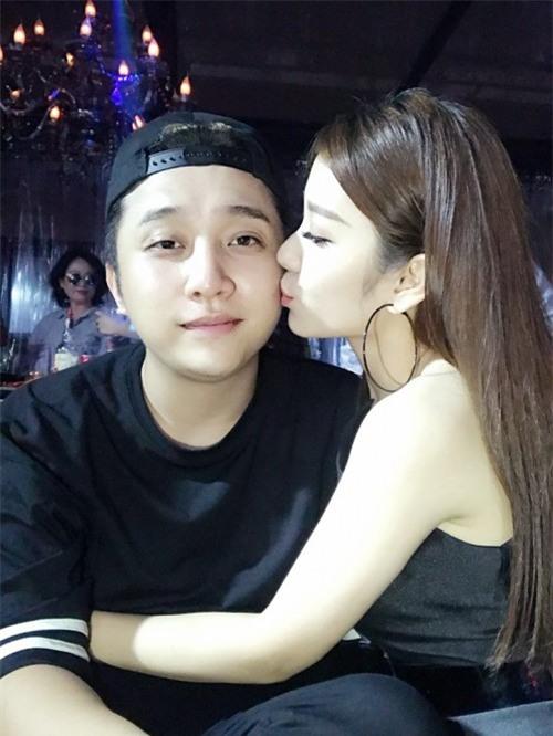 Chân dung bạn gái xinh đẹp khiến Yanbi 'tự nguyện' unfriend hết gái xinh trên Facebook - Ảnh 18.