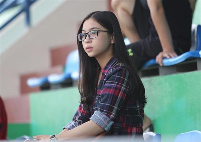 Yêu cô gái này, sự nghiệp Quang Hải lên như diều gặp gió - Ảnh 8.