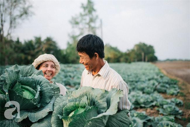 Ra mà xem cặp bố mẹ yêu thương nhau giữa mùa bắp cải hot nhất MXH - 25 năm sống dưới túp lều tranh giận nhau đúng 1 lần - Ảnh 9.