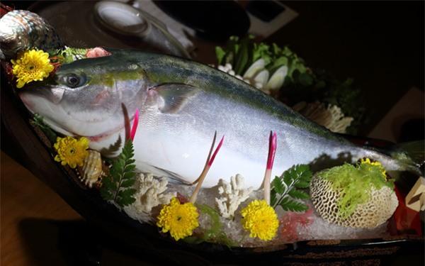 cá Buri,cá nhật,hải sản nhật,nhà hàng nhật,món ăn nhật,nhật bản