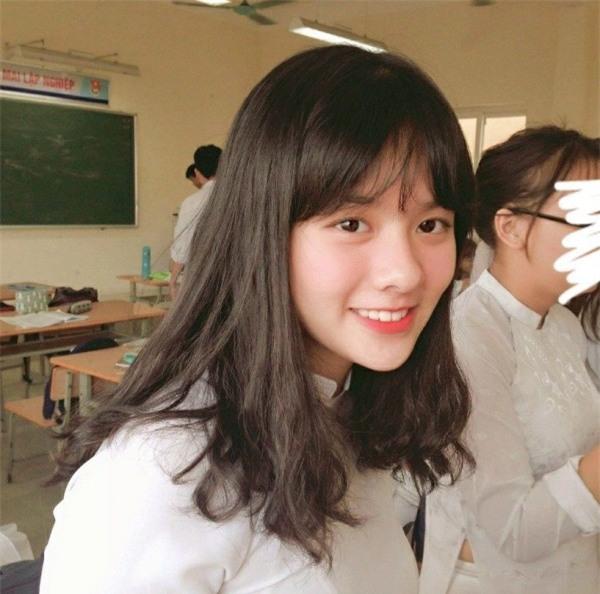 Lại xuất hiện thêm một nữ sinh Hà Nội sở hữu vẻ đẹp lai Tây khó rời mắt! - Ảnh 9.