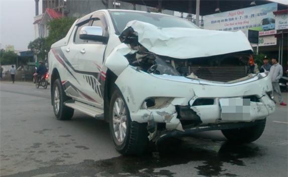 Tông chết 2 nữ sinh Hải Phòng rồi bỏ chạy, xe điên phóng như bay gây tai nạn liên hoàn - Ảnh 1.