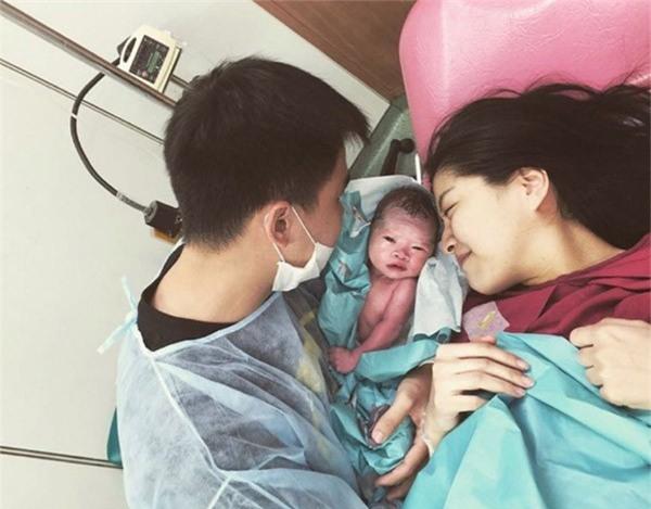 Mới sinh được 1 tháng, con bú mẹ hoàn toàn, mẹ bỉm sữa vẫn kêu trời vì chi tiêu hết veo 33 triệu - Ảnh 5.