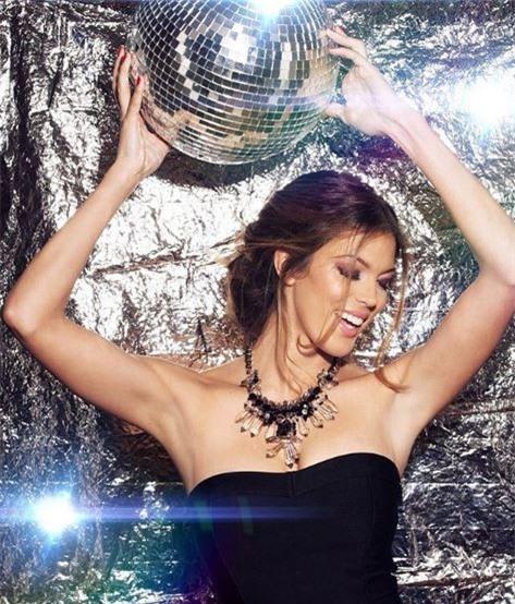Hoa hậu Hoàn vũ 2016 dính lưới tình của sao tuyển Pháp - Ảnh 6.