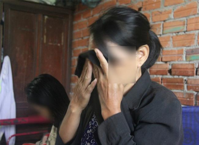 Vụ 2 bé gái song sinh 6 tuổi nghi bị dâm ô: Đình chỉ vụ án, khi nào có chứng cứ sẽ tiếp tục điều tra - Ảnh 2.