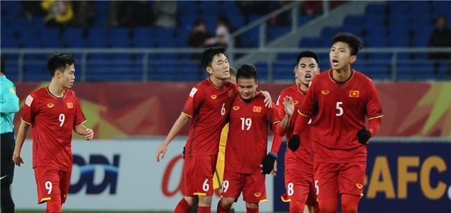 Quang Hải đăng ảnh nhớ người yêu 1 ngày trước khi ghi bàn thắng lịch sử - Ảnh 3.