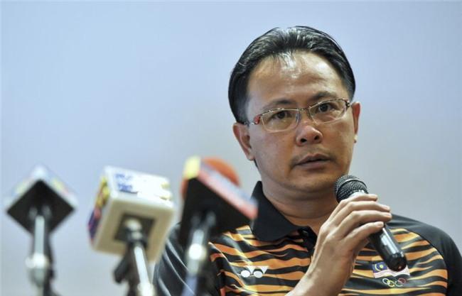 Vừa chê chiến thuật của Việt Nam, Malaysia lại học theo để giành vé lịch sử - Ảnh 1.