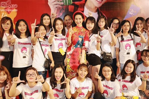 Hòa Minzy tuyên bố sẽ giải nghệ nếu năm 2018 không có hit-2