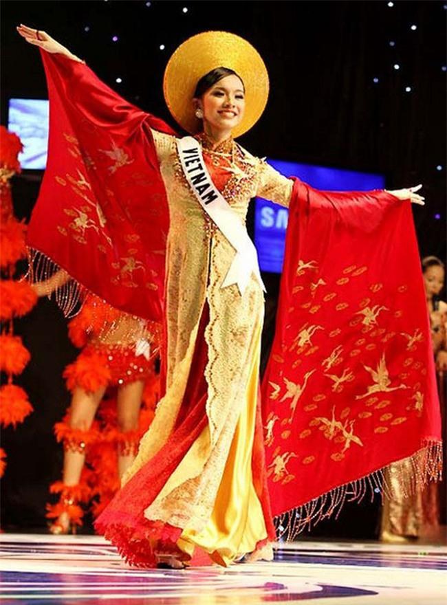 10 năm Việt Nam chỉ tìm được 3 Hoa hậu Hoàn vũ, ai mới là người được lòng công chúng nhất khi vừa đăng quang? - Ảnh 5.