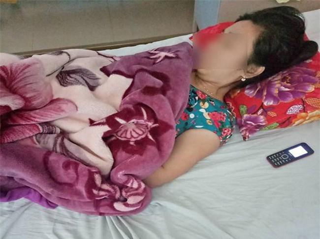 cong bo muc phat nu ho sinh dua nham thuoc pha thai cho ba bau di duong thai - 1