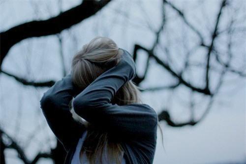 Tâm sự buồn của cô gái bị bạn trai tát 9 cái vì lỡ kiểm tra tin nhắn Facebook - Ảnh 1.