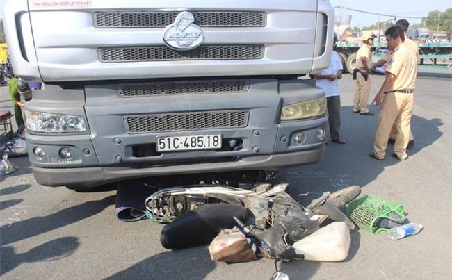 Đoạn đường 8 km đi mất 6 tiếng ở Sài Gòn: Ám ảnh vòng xoay tử thần