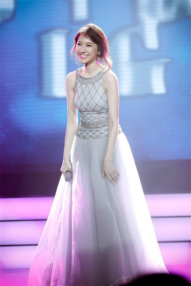 Hết Đặng Thu Thảo, Hari Won... giờ đến Mâu Thủy cũng mê đắm chiếc váy này-6