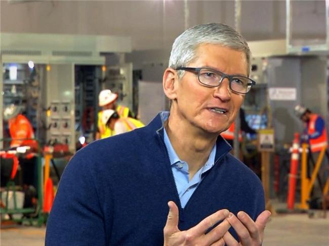 Tim Cook: Chúng tôi đã nói sẽ làm chậm iPhone nhưng không ai chú ý - Ảnh 1.
