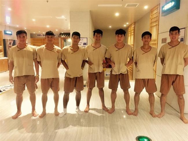 Kiet suc, U23 Viet Nam phai tri lieu de hoi phuc hinh anh 2