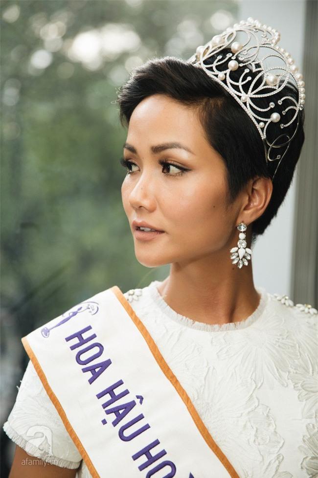 Sở hữu làn da nâu như Hhen Nie mặc đẹp không khó, quan trọng là phải chọn đúng tông màu hợp da - Ảnh 5.