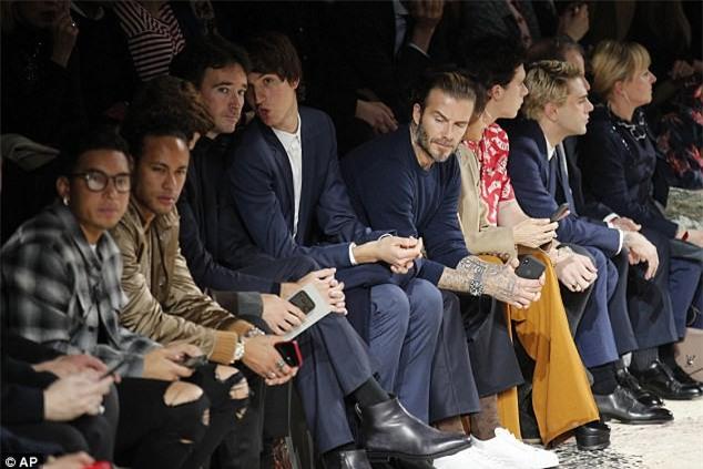Neymar - Beckham, khi hai biểu tượng thời trang hội ngộ ở Paris - Ảnh 4.