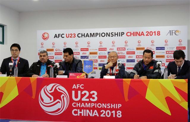 Buổi họp báo trước trận U23 Việt Nam và U23 Iraq ở tứ kết VCK châu Á