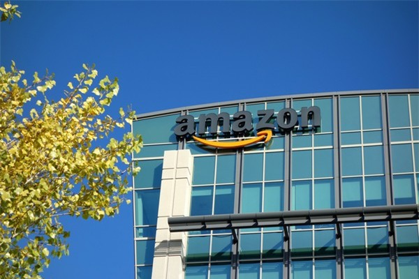 Amazon hứa hẹn sẽ đầu tư mạnh vào thành phố mà hãng sẽ xây dựng trụ sở mới