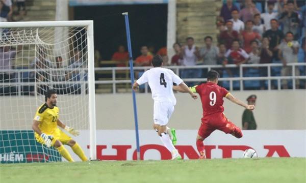 Quyết chiến U23 Iraq, người hâm mộ Việt Nam lại nhớ Công Vinh - Ảnh 2.