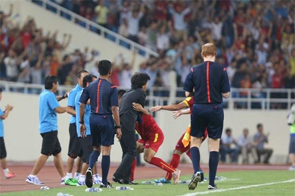 Quyết chiến U23 Iraq, người hâm mộ Việt Nam lại nhớ Công Vinh - Ảnh 3.
