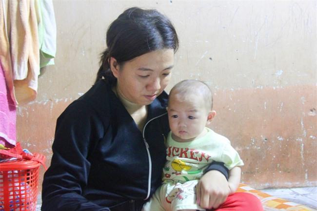 Chồng bỏ đi, người mẹ trẻ nuốt nước mắt nuôi hai con nhỏ dại, bệnh tật - Ảnh 3.