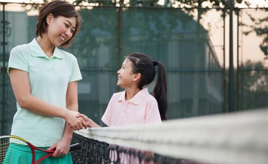 Học nữ giám đốc cách dạy con gái trở thành người mạnh mẽ và độc lập - Ảnh 2.