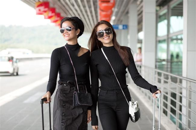 Kệ cánh stylist khẩu chiến, Hoa hậu HHen Niê cứ khoe street style đầu tiên của mình cái đã - Ảnh 1.