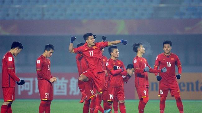 U23 Việt Nam lập kỳ tích, HLV Park Hang Seo được tìm kiếm chóng mặt ở Hàn Quốc - Ảnh 3.