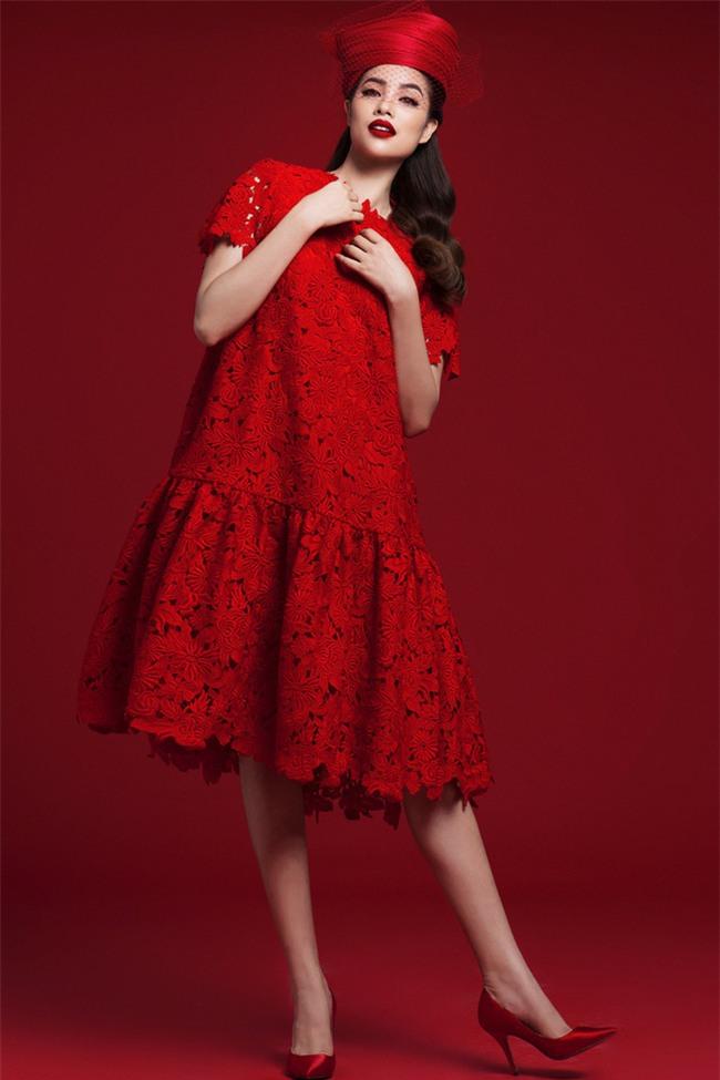 Diện váy đỏ nổi bần bật, Phạm Hương đầy gợi cảm và quyến rũ hơn bao giờ hết - Ảnh 9.