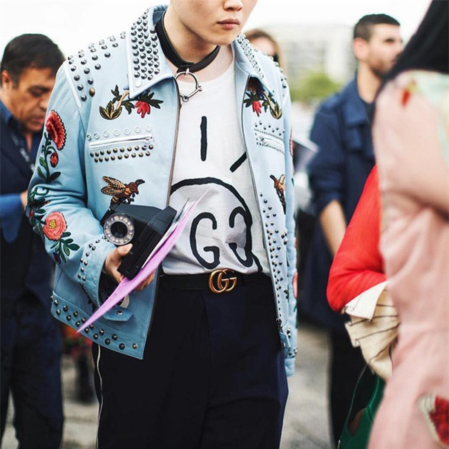 2 tuần sau đăng quang, Hoa hậu HHen Niê đã khoác lên mình món đồ hiệu đầu tiên - Ảnh 5.