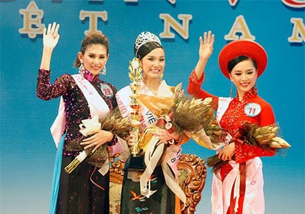 Dàn Á hậu 1 cuộc thi Hoa hậu Hoàn vũ Việt Nam: Người tiến bước lừng lẫy, kẻ bỏ dở cuộc chơi-1