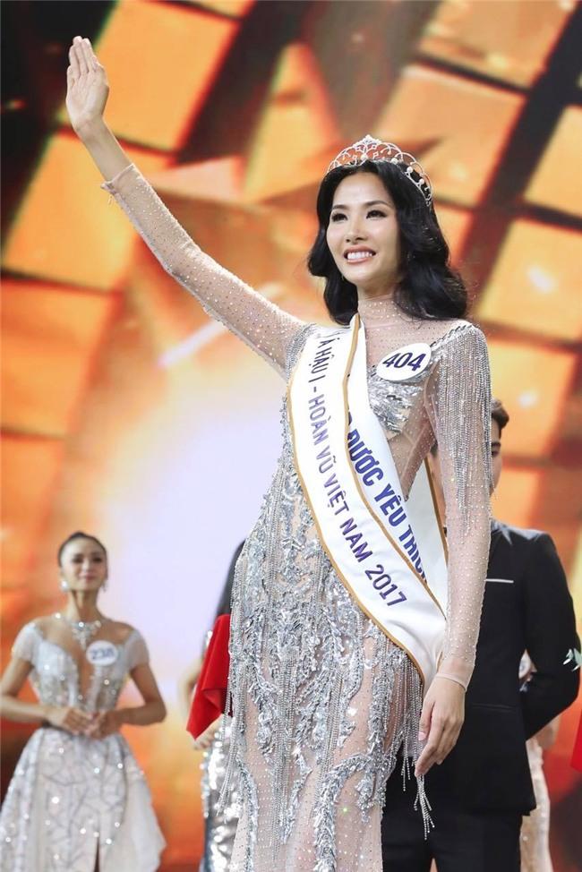 Dàn Á hậu 1 cuộc thi Hoa hậu Hoàn vũ Việt Nam: Người tiến bước lừng lẫy, kẻ bỏ dở cuộc chơi-10
