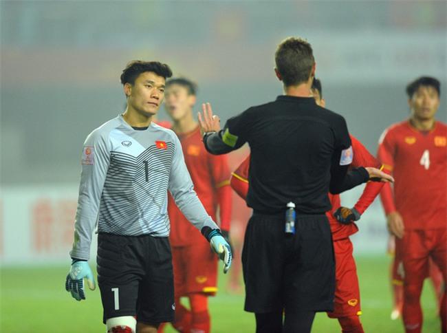 Dưới cái bóng chiến công của U23 Việt Nam, đừng tự ti như thế Công Vinh ạ! - Ảnh 3.