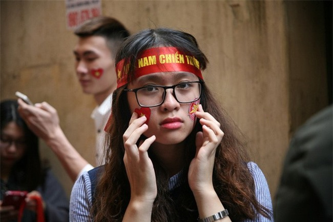 Cập nhật: Không khí hào hứng của người hâm mộ trước trận đấu lịch sử U23 Việt Nam - U23 Qatar - Ảnh 4.