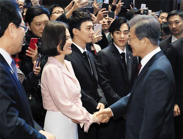 Song Hye Kyo vẫn luôn là một trong những nghệ sĩ xứ Hàn nổi tiếng và được yêu thích nhất tại châu Á.