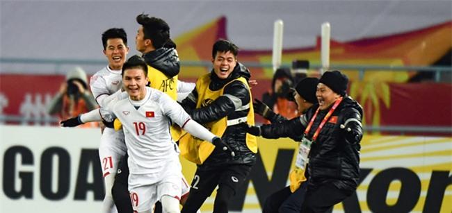 Bao Han Quoc: Ma thuat cua ong Park lai dua U23 Viet Nam vao chung ket hinh anh 1