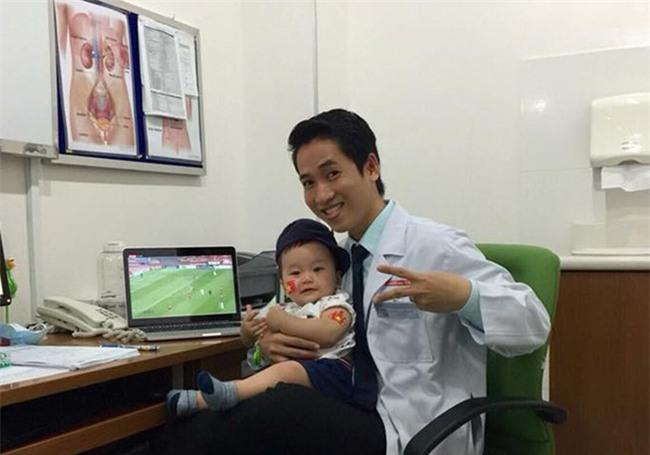 Bà bầu vừa chờ đẻ, vừa quẩy hết mình trong trận bán kết của U23 Việt Nam - Ảnh 8.