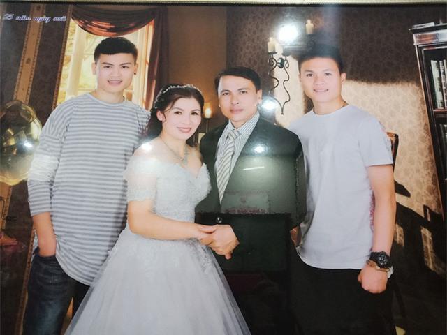 Ảnh chụp cả gia đình