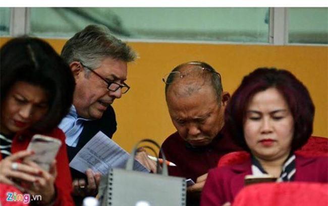 HLV Park Hang-seo can GDKT Gede de ha Uzbekistan hinh anh 1