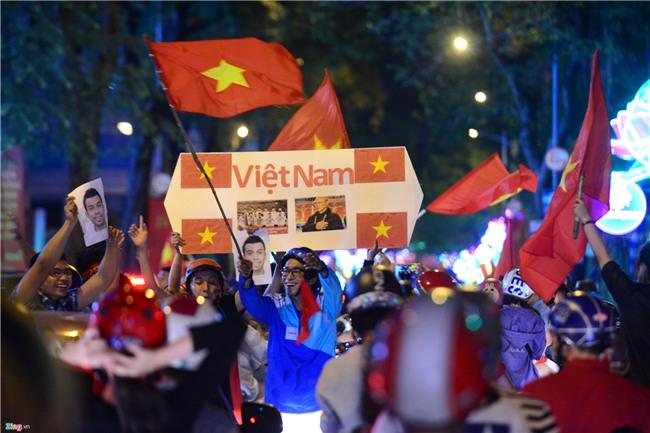 Dem khong ngu voi khat vong U23 Viet Nam hinh anh 34