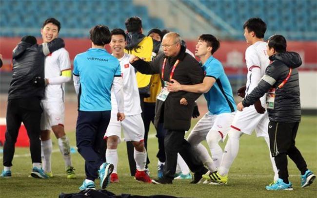 Tin mới nhất U23 Việt Nam 24/1: Làm gì trước chung kết đấu Uzbekistan? - 1