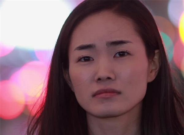 Gặp lại người yêu cũ của chồng, tôi không ngờ cô ấy lại tàn tạ và đau đớn đến mức này - Ảnh 2.