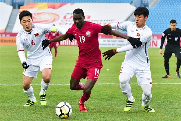 Nha bao Anh: Day moi la khoi dau cua U23 Viet Nam hinh anh 1