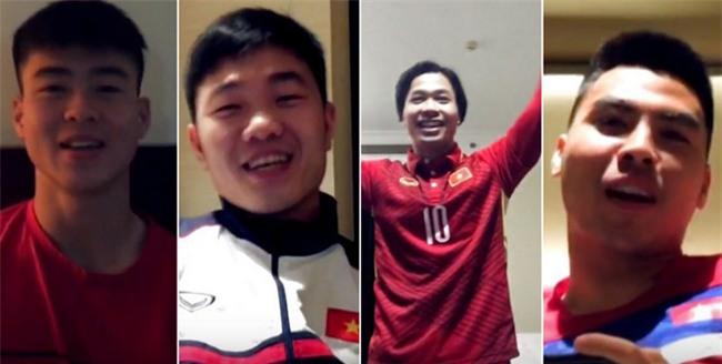 Trước trận bán kết nghẹt thở, dàn trai đẹp U23 vẫn vui vẻ giúp bạn cầu hôn